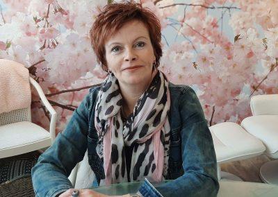 Anita van den Heuvel Medium/Bewustzijnscoach